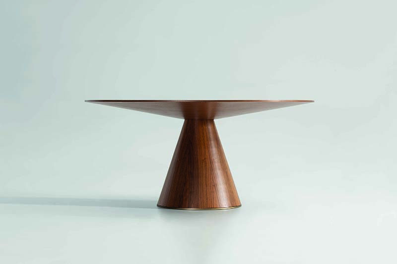 Exclusive design furniture: Kónica table by Gabriel Teixidó