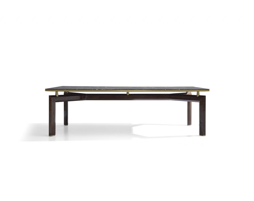 Manta Dining Table